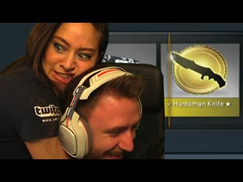 WE'RE GETTING A KNIFE! (CS:GO Case Opening)