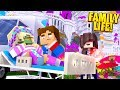 Minecraft PREGNANT LEAH IS POISONED BY OUR EVIL STEPMOM!!