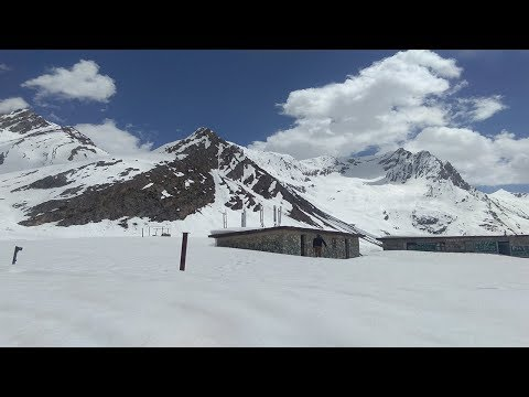 Amarnath yatra : Track covered with heavy snow