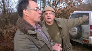 Video Embrouille de voisinage en Mayenne MP3, 3GP, MP4, WEBM, AVI, FLV November 2017