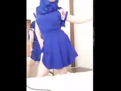 Bigo live   {Jilbob} Hijab terbuka BH dan CD Pink