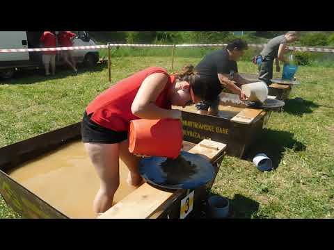 V ryžovaní zlata súťažili aj ženy.