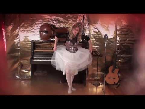 Standing Ovation - David & Loren Laue [MUSIC VIDEO HD]