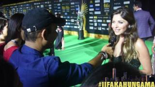 At the green carpet of IIFA New York, Bollywood Hungama spoke to Da Da Dasse' Singer Kanika Kapoor and she said she is excited to be nominated for Udta Punjab. Must Watch!Report: Faridoon Shahryar Video Courtesy: Farrukh JilaniWatch more Exclusive Celebrity Interviews right here http://www.bollywoodhungama.com/Like BollywoodHungama on Facebook:https://www.facebook.com/bollywoodhungamacomFollow BollywoodHungama on Twitter:https://twitter.com/BollyhungamaCircle BollywoodHungama on G+:http://bit.ly/1uV6Qba