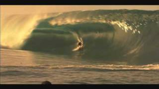 Big Wave ing in Teahupoo 11/1/07 - Part 2 of 2