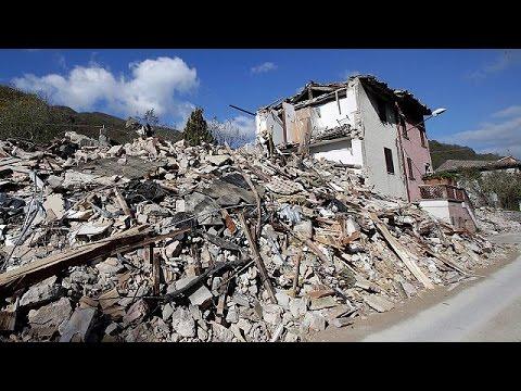 Ιταλία: Ούτε το Παλάτσο Ρόσο δεν έμεινε όρθιο από τους σεισμούς – world