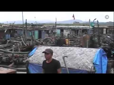 Quảng Ninh: Bắt giữ 15 tàu hút cát trái phép