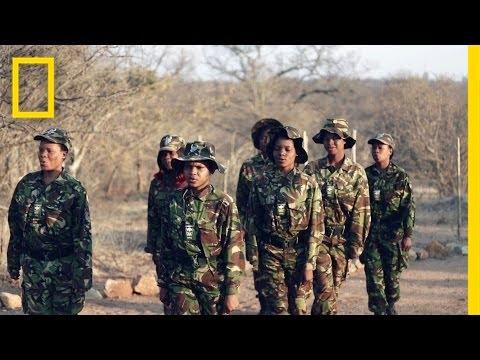 black mambas: le eroiche donne africane che combattono il bracconaggio