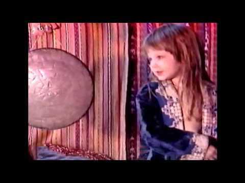 Trailer film The Ballad of Genesis and Lady Jaye