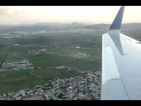 United Express 2310 Landing in Queretaro, Mexico