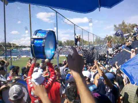 La banda leprosa ya llego ? (entrada de los caudillos del parque) - Los Caudillos del Parque - Independiente Rivadavia