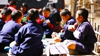 A balanced diet is not only vital to be healthy, it also affects the learning progress of children. The 'Jigme Losel Primary School' in...