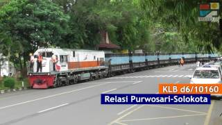Video Rare but Real: Indonesian Train on the City Road (Solo) MP3, 3GP, MP4, WEBM, AVI, FLV Agustus 2018