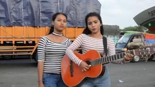 Video Anisa dan Vinna Pengamen Cantik dan Seksi nyanyi lagu Surat cinta untuk starla (Cover) MP3, 3GP, MP4, WEBM, AVI, FLV Februari 2018