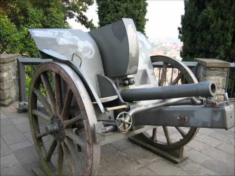 WWI & WWII towed and self-propelled artillery in north-eastern Lombardy (Italy).wmv