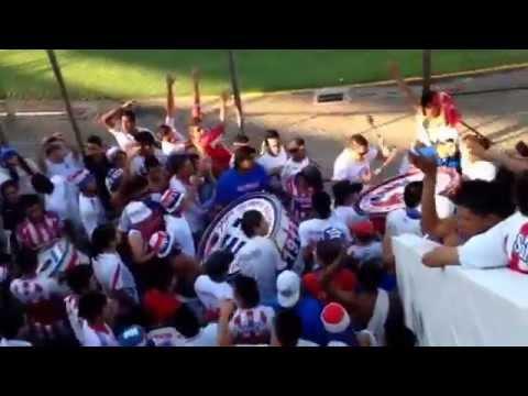 Video - Ingreso de la Ultra Fiel al previo sur [domingo 23 de marzo 2014] - La Ultra Fiel - Club Deportivo Olimpia - Honduras