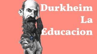 """Durkheim y la educación  Para Durkheim la educación es una y múltiple y tiene como función fundamental la sociabilizaicion. Veamos, porque múltiple? Porque no podría ser de otra forma, cada persona va a cumplir una una función y un rol social diferente dentro de la sociedad. Porque una? Porque sino la sociedad no podría existir si no hubieran valores comunes con los que todos se vieran identificados. Por ejemplo en la edad media había campesinos, pajes, curas, artesanos, comerciantes nobles, una gran variedad y desigualdad social pero aun así todos heran cohesionados por los valores de la cristiandad. Del mismo modo en la sociedad moderna las profesiones definen los diferentes roles sociales (hay obreros industriales y burócratas, dirigentes, gerentes) pero todos deben recibir una educación primaria unificadora. La educación primaria debe ser publica costeada por el estado y debe estar compuesta además de las funciones intelectuales más básicas (como la lectoescritura y el cálculo) por los valores sociales elementales como respetico a la ley, ética y civismo. Del mismo modo se debe inculcar respeto por la ciencia y el conocimiento científico.  Del mismo modo la educación es sociabilizadora pues permite que el niño (naturalmente egoísta) se inserte en una comunidad social determinada con valores e instituciones y normas sociales.  La definición de Durkheim es clara en todos estos aspectos """" es la acción ejercida por las generaciones adultas sobre las que aún no están preparadas para la vida social. Tiene por objetivo suscitar y desarrollar en el niño cierto número de estados físicos, intelectuales y morales, que exigen de el la sociedad política en su conjunto y el medio especial, al que esta particularmente"""