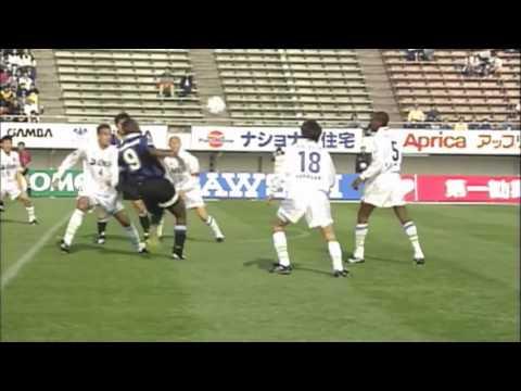 エムボマのデビュー戦&豪快な初ゴール【1997年4月12日】