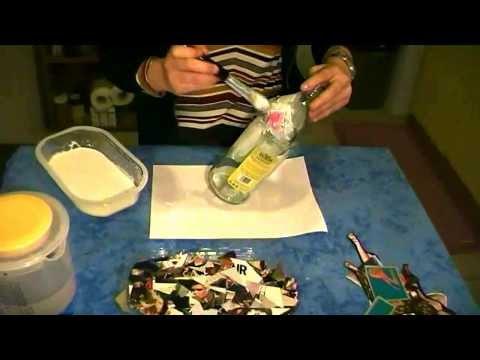decoupage - decorare una bottiglia di vetro