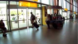Author Daniel Putkowski shows some helpful tips about arriving in Aruba at the Queen Beatrix Airport. You'll see where to find cell...