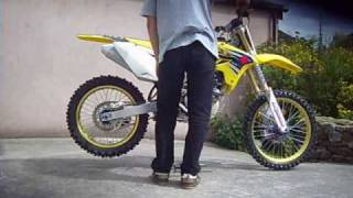 8. 2007 Suzuki RMZ 250 1st Kick Start Up
