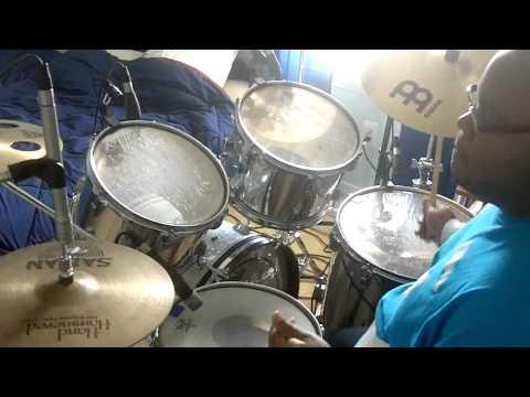 Reuben Wilson/ Kenny Garrett/ Rodney Jones/ J.T. Lewis - Scrapple From The Apple (Drum Cover)