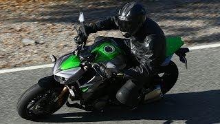 10. Kawasaki Z1000 launch review 2014