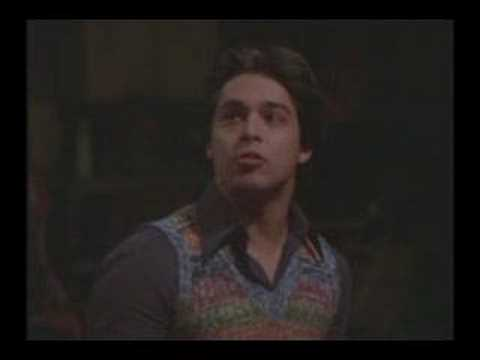 That 70's show S06E11 - Fez tries to pronounce America