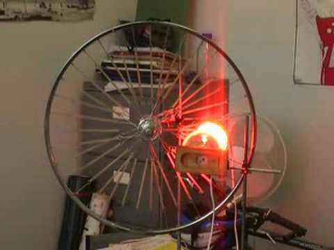 The Rubber Band Heat Engine