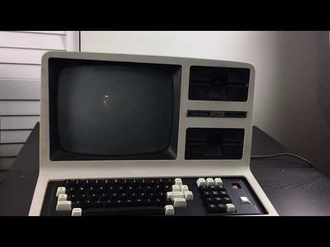 TRS-80 Model 4 Retro Computer Introduction and Teardown