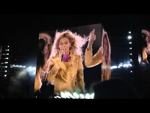 Beyoncé - Formation (Intro) The Formation World Tour East Rutherford, New Jersey 10/7/2016