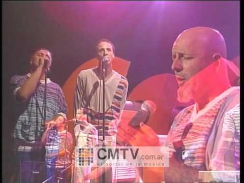 Bersuit Vergarabat video Tuyú - CM Vivo 2001