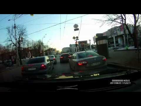 Жёсткая авария в Харькове с регистратора