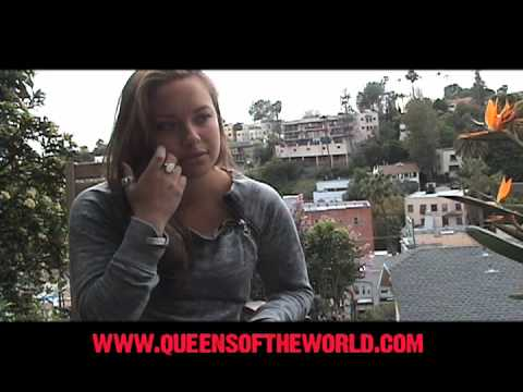 Queens of the World - Nicole Pacent - Pre-Game 2