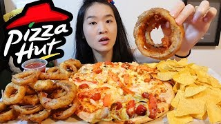 PIZZA HUT Chili Crab Seafood Pizza, Crunchy Onion Rings, Chips | Mukbang w Crispy Asmr Eating Sounds