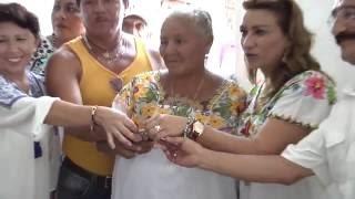 En servicio obras sociales en el municipio de Maxcanú