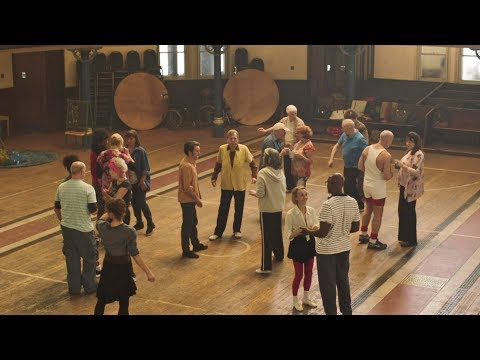 Finding Your Feet new clip: Cobwebs (4/6)
