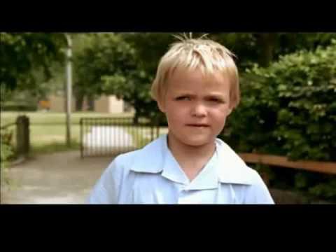 Corto danés llamado Little man the way girls are