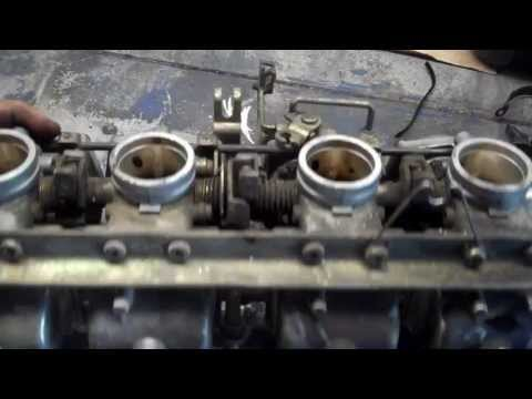 How to clean motorcycle carburetors
