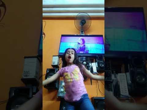 Bailando like ooh-ahh de Twie ♥️♥️♥️