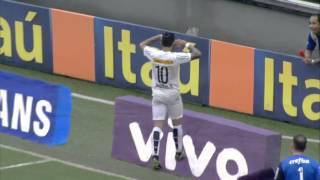 O Peixe venceu o Palmeiras por 2 a 1 pela 33ª rodada do Nacional. A equipe santista abriu o placar com Thiago Maia aos 27 minutos do primeiro tempo.