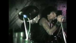 Retford United Kingdom  city images : UK Subs - Limolife - (Live at the Porterhouse, Retford, UK, 1983)