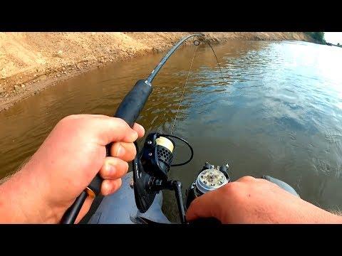 щука на блесну с лодки видео