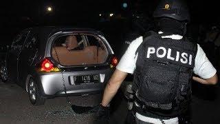 Video Ternyata 3 Jam Sebelum Bom Gereja di Surabaya, 4 Teroris Ditembak Mati Densus 88 di di Dalam Mobil MP3, 3GP, MP4, WEBM, AVI, FLV Mei 2018