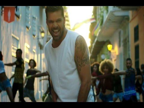 Ricky Martin presenta el video de 'La mordidita'