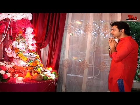 Ssharad Malhotra's PEACEFUL Ganpati Celebrations