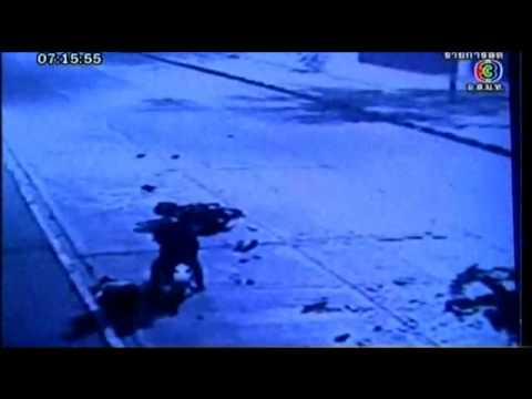 [clip] Tai nạn xe máy đâm trực diện