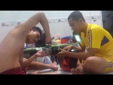 2 sinh viên điện sửa quạt và cái kết đầy cảm xúc
