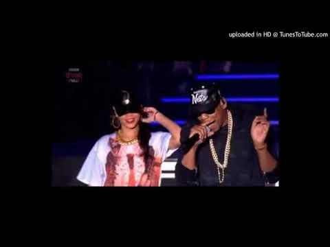 Rihanna ft. Jay z Run this town, Talk that talk and live at Hackney