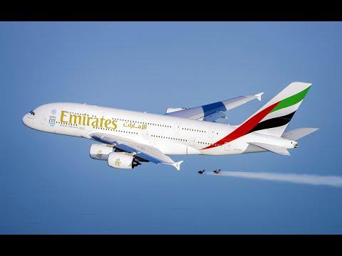 VÍDEO, Hombre volando enseguida de un avión por Dubai..